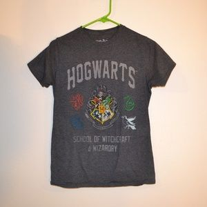 4for$26 Harry potter hogwarts t-shirt